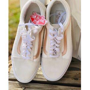 New w/o box Vans Old Skool Sneaker